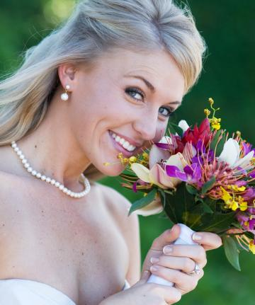 Beautiful Bride & Bouquet
