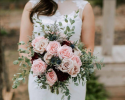 Take my breath away garden roses with accents of burgundy. Venue : Cold Creek Farm Dawsonville